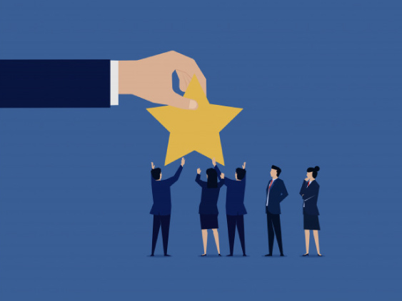 4 Reasons Peer-to-Peer Recognition & Rewards Should Be New Normal